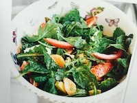 The Holy Kale Salad – So Light & Refreshing!